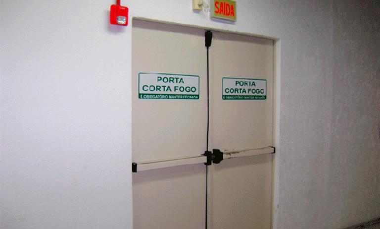 manutenção das portas corta fogo