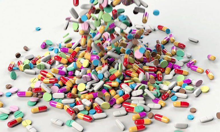Automedicação nos condomínios: uma prática perigosa