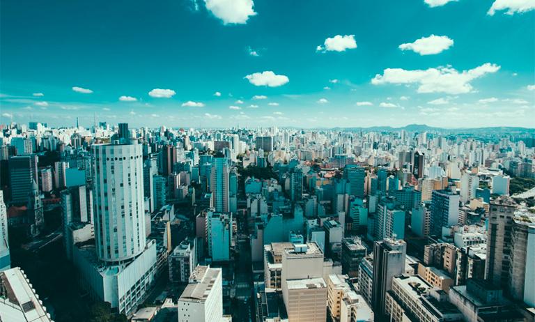 Os impactos de uma crise dentro das cidades (e nos condomínios)