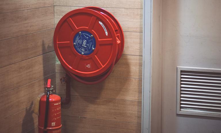 Falta de AVCB pode render multa pesada ao condomínio