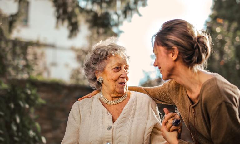 Condomínio deve ser amigável aos idosos